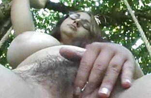 سبزه كليپ سكسي فارسي داغ انگشت fucks در بیدمشک صورتی او