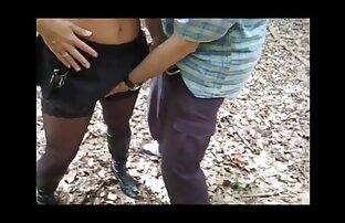 در یک ویدیو پورنو, یک باغبان دباغی fucks در ورزش پر زرق كليپ سكسي جديد و برق بر روی چمن